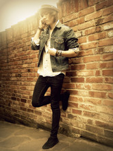 Colin D - Levi's® Jeans Jacket, Cheap Monday Jeans, Keds Canvas - So i walked into the haze,