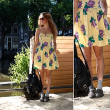Renée Sturme - Vintage Floral Dress, Vintage Leather Backpack, Gifted Buckled Shoes, Topshop Heart Socks - Socks and canals