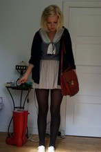 Hedvig Boström - Hanna´S Mum´S, Secondhand Bag, Skirt, Secondhand Blouse, Hunter <3 - You must be on drugs or something!