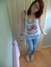 Sarah Fitzgerald - Forever 21 Hello Kitty Shirt, Primark Lightwash Jeggings, Converse White High Top - Come on baby let me see, what you hiding underneath.
