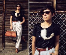 Milica Stojsic - Self Made Diy Taxidermy Fox Necklace, Cacharel Vintage Original Manager Bag, Zara Camel Ankle Boots, Kalenić Flea Market Thrifted Pants, Thrifted Black Sequined Shirt, Ray Ban Ray Ban Wayfarers - Hunger will lead a fox out of the forest.