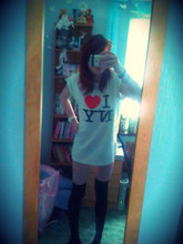 Sarah Fitzgerald - New York I Love Ny Tee, Argos Watch, Primark Black Knee Highs, Primark Pink Flower, Ebay Saints Bracelet, New Look Pearl Bracelets - It's a blacked out blur, but i'm pretty sure it ruled.