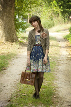 Aya Smith - Modcloth Dress, Thrifted Vintage Purse, Wall Mart Black Oxfords, Forever 21 Beret - A New Path