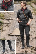 Leiam White - Alexander Mcqueen Skull Scarf, Red Or Dead Boots, H And M Jeans, Vintage Leather Jacket - On the Rocks!