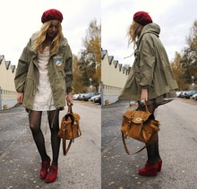 Frida Johnson - Jacket, Bag, Shoes - WINTER TIME :) DON'T FORGET TO TURN BACK THE CLOCK!