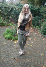 Sarah Bon - Zara Chino Pants, Kenzaa.Nl Camel Jacket, Alysamode.Nl Wedges, H&M Scarf + See Through Blouse - INSPIRED BY AUTUMN