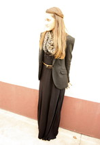 Adelaide L. - Zara Black Blazer, H&M Long Dress - I don't Understand this picture !