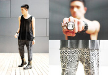 Paul Jatayna - Proud Race Mesh Tank, Forever 21 Tribal Harem Pants, Military Boots, Tiger Ring, Xl Diamond Ring - And I won't try to fight in the weekend wars.
