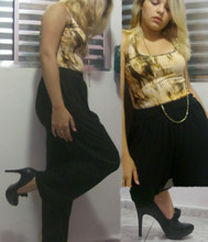 Adriele Santana - Arezzo Shoes - Gold's And Black