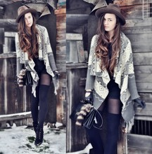 Klaudia Klara - Second Hand Hat, F&F Sweater, Second Hand Bag, Deichmann Boots - Remember...