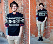 Bobby Hicks - American Living Sweater, Timberland Boots - A Snowfall of Snowballs