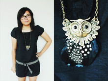 Shanice Garcia - Ted Baker Eyeglasses, Céline Checkered Belt, Black Top/Dress, Owl Vintage Necklace - I'm ready for change