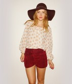 Madelene Billman - H&M Hat, My Mothers Shorts - Take me to the 70's