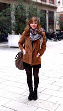 Jeanne M - Bring By My Sister From China Scarve, Bric à Brac Camel Jacket, Kookai Bottine En Cuir, Leather Bag - Walk in Lyon