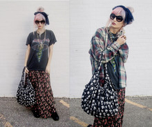 Audrey Kitching - Grandmothers Blue Netted Scarf, Chanel Sunglasses, Vintage Motley Crue Shirt, My Dads Flannel, Jeremy Scott Bag, Thrifted Flower Skirt, Dr. Martens Doc.Martens - Last Days