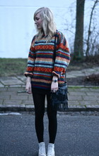 Sophie H - Myrorna Secondhand Sweater, H&M Black Tights, Converse All Star, Saddler Fringe Bag, Tjallmalla Clock - Leave all your love and your loving behind you