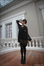 Arissa .H - Complex Geometries Brume Hoodie, H&M Camisole, M)Phosis Shorts, Charles&Keith Wedges - Croisade de l'obscurité