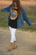 Marta Castellanos - Vintage Demin Jacket, H&M Guns And Roses T Shirt, Pilar Burgos Boots - Take me home
