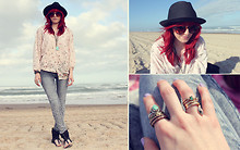Monika ! - Zara Floral Button Up, Zara Black Straw Fedora, Target Sandals - Picnics and hearts on the beach