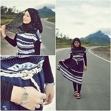 Nor Alifah A - Baju Bajuku Chantek Midnight Snowie Vintage Dress, White Braided Leather Belt - Mount Santubong