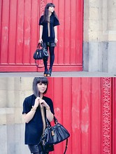 Pauline Hood - Jeffrey Campbell Foxy Wood, Mellesan Chains T Shirt, Call Me Ponie Calf Leather High Waisted Shorts, Marc By Jacobs Groovy - Black & Gold