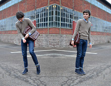 Samuel S. - From The Florentine Leather Industry Vintage School Bag, Beige V Neck Jumper, Zara Blue Shirt, From Florence Desert Boots - Students aren't machines.