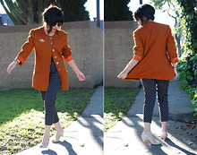 Melanie Likes - Vintage Coat, Vintage Pants, Vintage Shoes - She's Alright - melanielikes dot blogspot