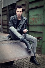 Dustin H. - Second Hand Leather Jacket, Cheap Monday Jeans - We are gold