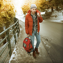 Ruslan Masai - Gant Rugger Jaket, Gant Rugger Backpack, The Frye Company Boots - Madonna de Campiglio ( Alps )