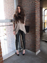 COTTDS Cindy van der Heyden - Muubaa Leather Trousers, H&M Jumper, Zara Pointed Toe Heels - Knitted&leather