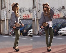 Asami Takata - Sly Military Pants, Zara Leopard Bag, Egoist Hat, H&M Shirts, Gallerie Knit - Earth tone and leo