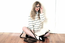 Amanda Brohman - From Santorini Striped Sweater, Monki Lace Skirt, Vintage Geek Glasses, Second Hand Shoes, H&M School Bag - Sundays are nerdy days