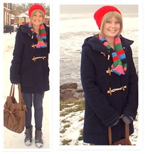Jess R - H&M Scarf, Topshop Winter Coat, Red Beanie, New Look Jeggings, New Look Boots - Snow, Bright Colours and Cheer