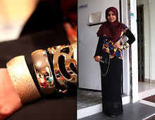 Aishah Amin. - Guess? Clutch, Forever 21 Bangles, Printed Top - I am my own artwork.
