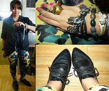 Carrie Rivera - Polo Black, Printed Leggings, Mic, Yabang Pinoy, Charriol Bracelets - Printed leggings for a Friday.