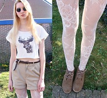 Iris M. - Diy Deer Tee, H&M Shorts - You will never fall in love
