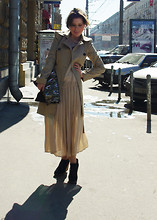 Dasha Farsh - Topshop Trench, Sewed Herself Dress - White Tea