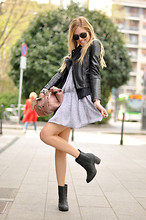 Chiara Ferragni - Lanvin Bag, H&M Boots - No tights