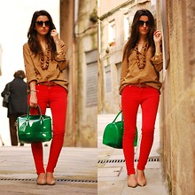 Alexandra Per - Q2 Shirt, Zara Red Pants, Furla Candy Bag, Zara Shoes, Giorgio Armani Sunglasses - Colorful