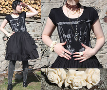 Karolina Koblenova - Iam Vintage Style Ring, Camaieu Glasses, Made By A Friend Choker, Offbrand Leather Bow, Pimkie Bunny Head T Shirt, Navika Black Bustle Skirt, Sixx Silver Striped Overknees, Ff  Tesco Plastic Rose Bracelet, Lindex Plastic Rose Ring - Wear your bunny head and run!