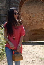 Anabel Godoy - Stradivarius Top, Vintage Bag, Blanco Necklace, Vintage Sunnies, Swatch Watch - Tranquilacosita