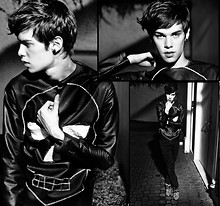 Vini Uehara -  - The World Is Black