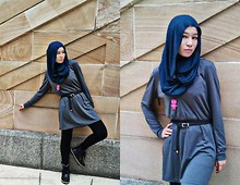 Fha Azmi - High Cut Black Boots, Black Skinny Jeans, Supre' Hoodie Long Dress, Pink Robot Necklace, Forever 21 Blue/Black Stripey Scarf - Something Monotonous ?