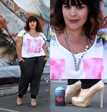 Stephanie - BigBeauty Zwicky - Forever 21 Tee, Lea Stone Necklace, Steve Madden Shoes, Forever 21 Jogpant - + Welcome to LA +