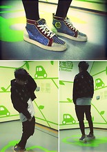 Mayao.net . - Christian Louboutin Sneakers, Alexander Wang Jacket, Maison Martin Margiela T Shirt - Breathe Green