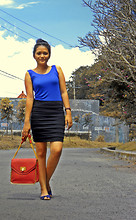 Muren LR - Lestin Rosen Shop Black And Blue Bodycon, Conexxion Open Toe Sling Flats, Chloé Satchel Bag - Such a long time ago