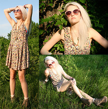 Margaret Shaw - Free People Floral Sundress, Jeffrey Campbell Lita Boots, Urban Outfitters Sunglasses - Woodland Creature