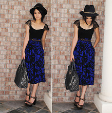 Trang Huyen - Oscar De La Renta, Kors, Ralph Lauren Belt, Ralph Lauren Laced Top, Aldo Shoes - Black & Blue