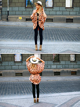 Katarzyna Smok Smoczyńska - Vintage Cape, H&M Hat, Crocker Jeans, Jeffrey Campbell Shoes - Touch the dots!