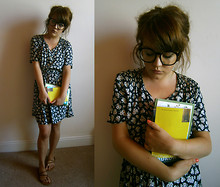 Little L - Urban Outfitters Spectacles, St Michael Vintage Dress, Primark Sandals - Forget me not.